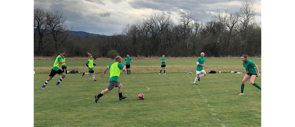 Sign up for Adult Soccer!