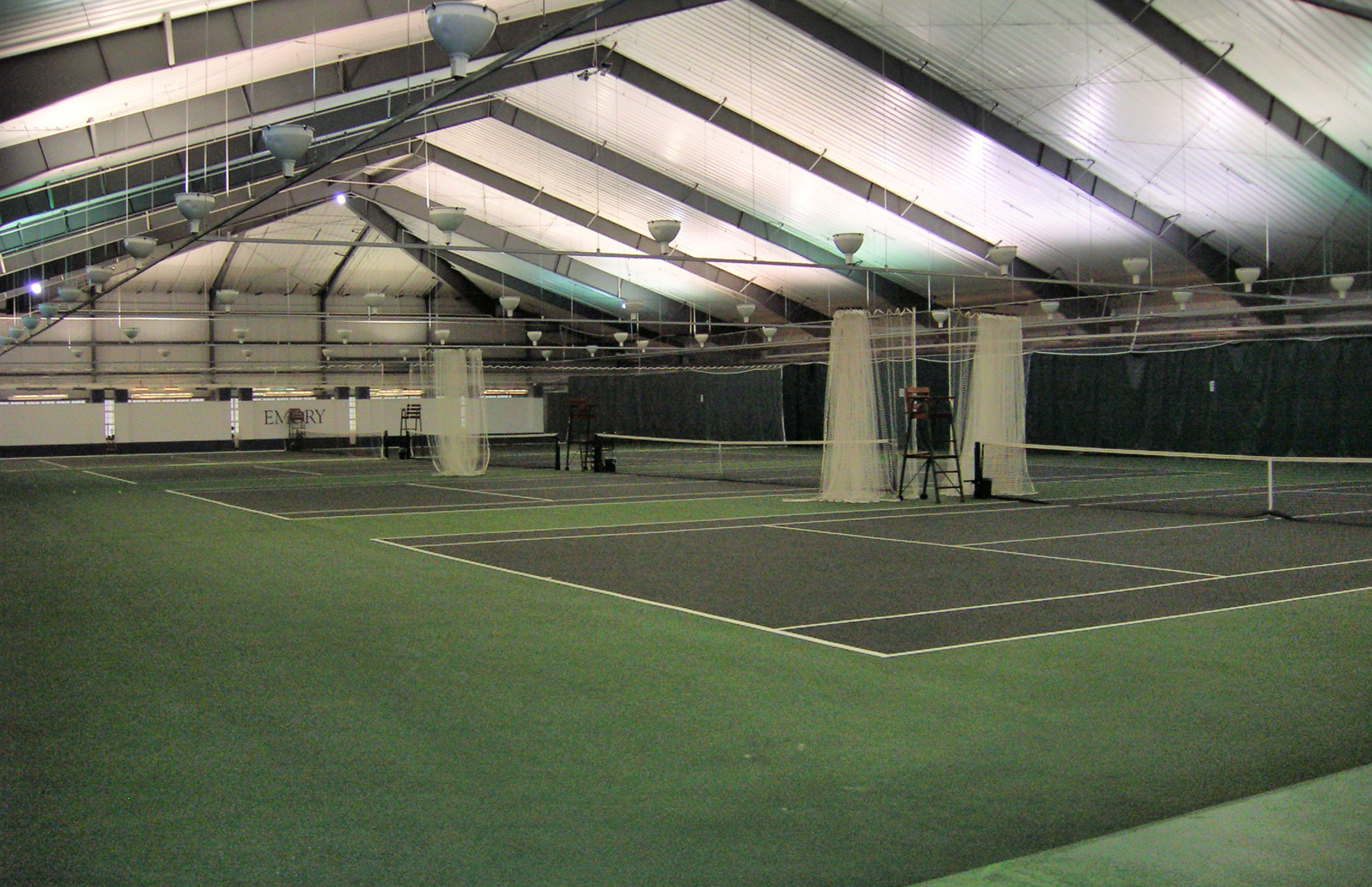 Woodpec Indoor Courts