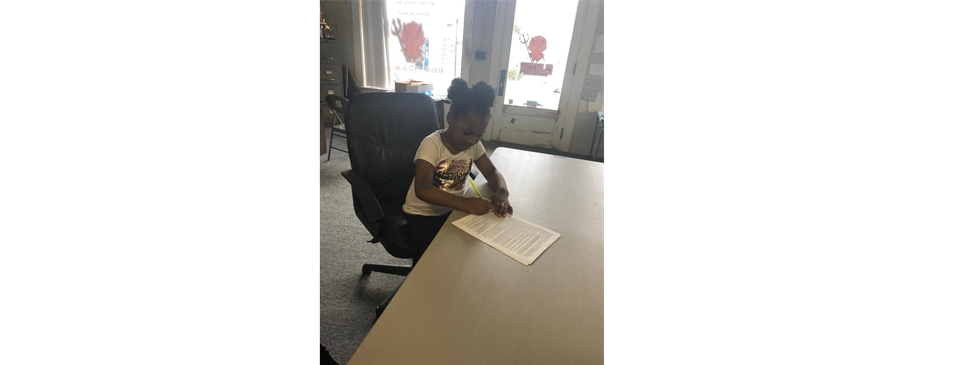 Ms. Hailey Anderson Registers for Cheerleading!