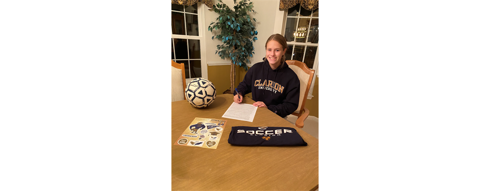 Hannah Wagner Signs with Clarion University