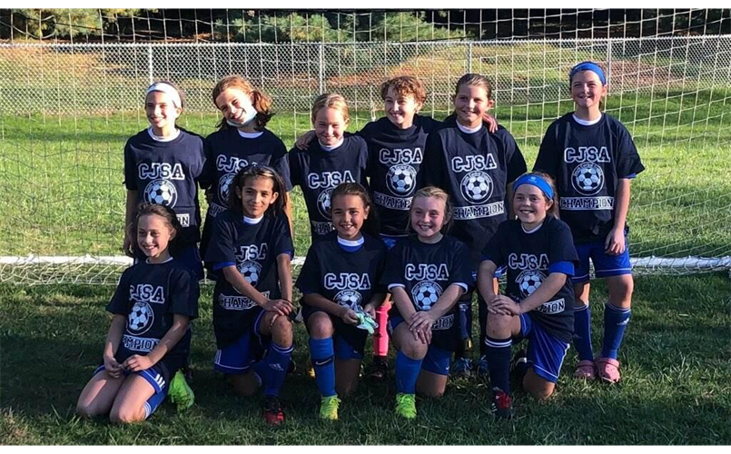 Congratulations to the U11 Girls Milford Panthers for winning their District division by going undefeated this Fall